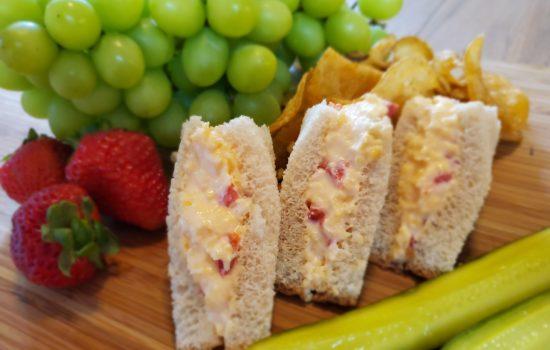 Pimento Cheese Sandwiches (makes 4 sandwiches)